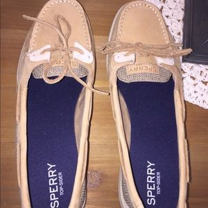 NWOT Sperry Top Siders 11